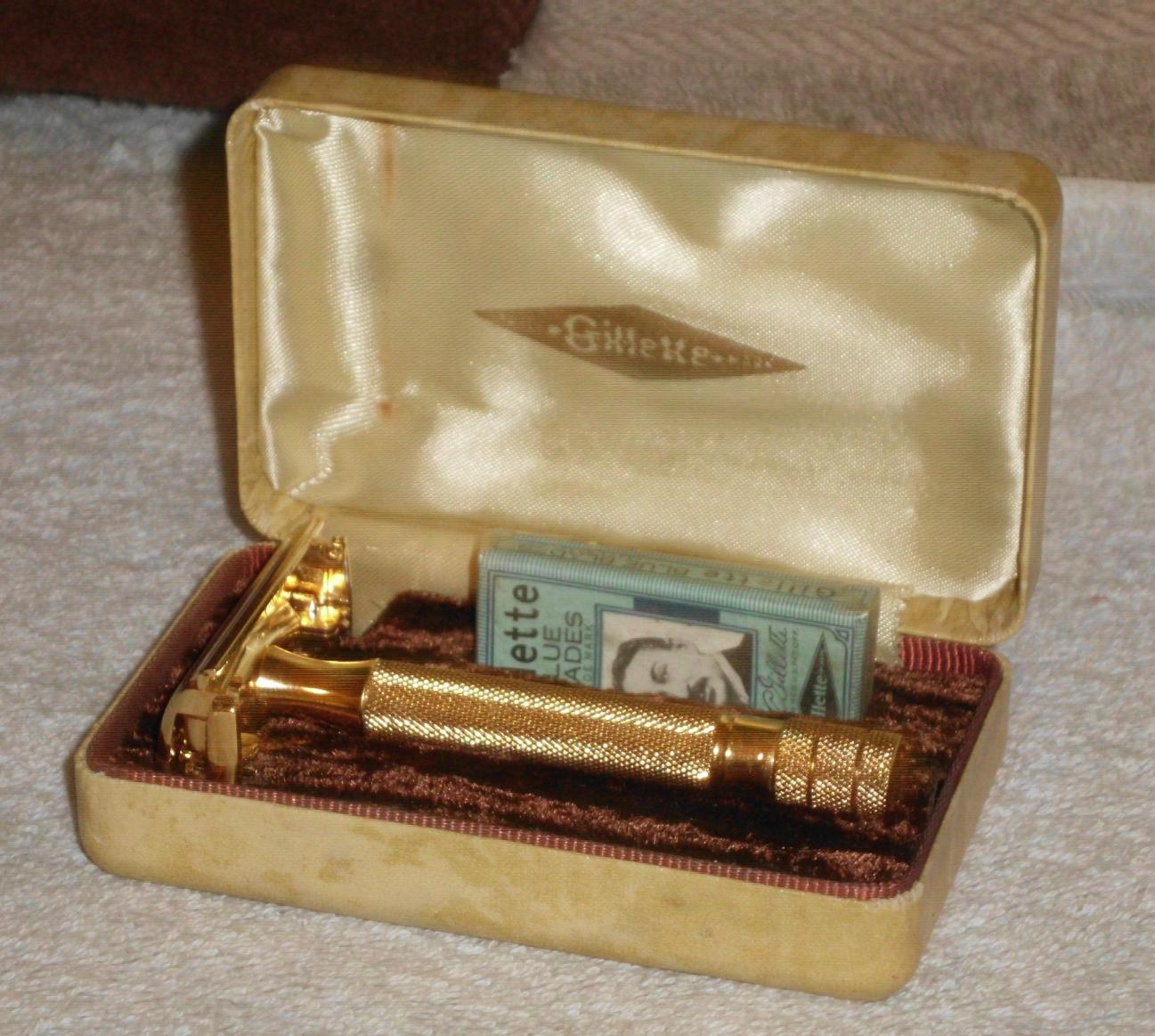 B Size 5 1940 Gillette Milord Safety Razor W Case And Blades