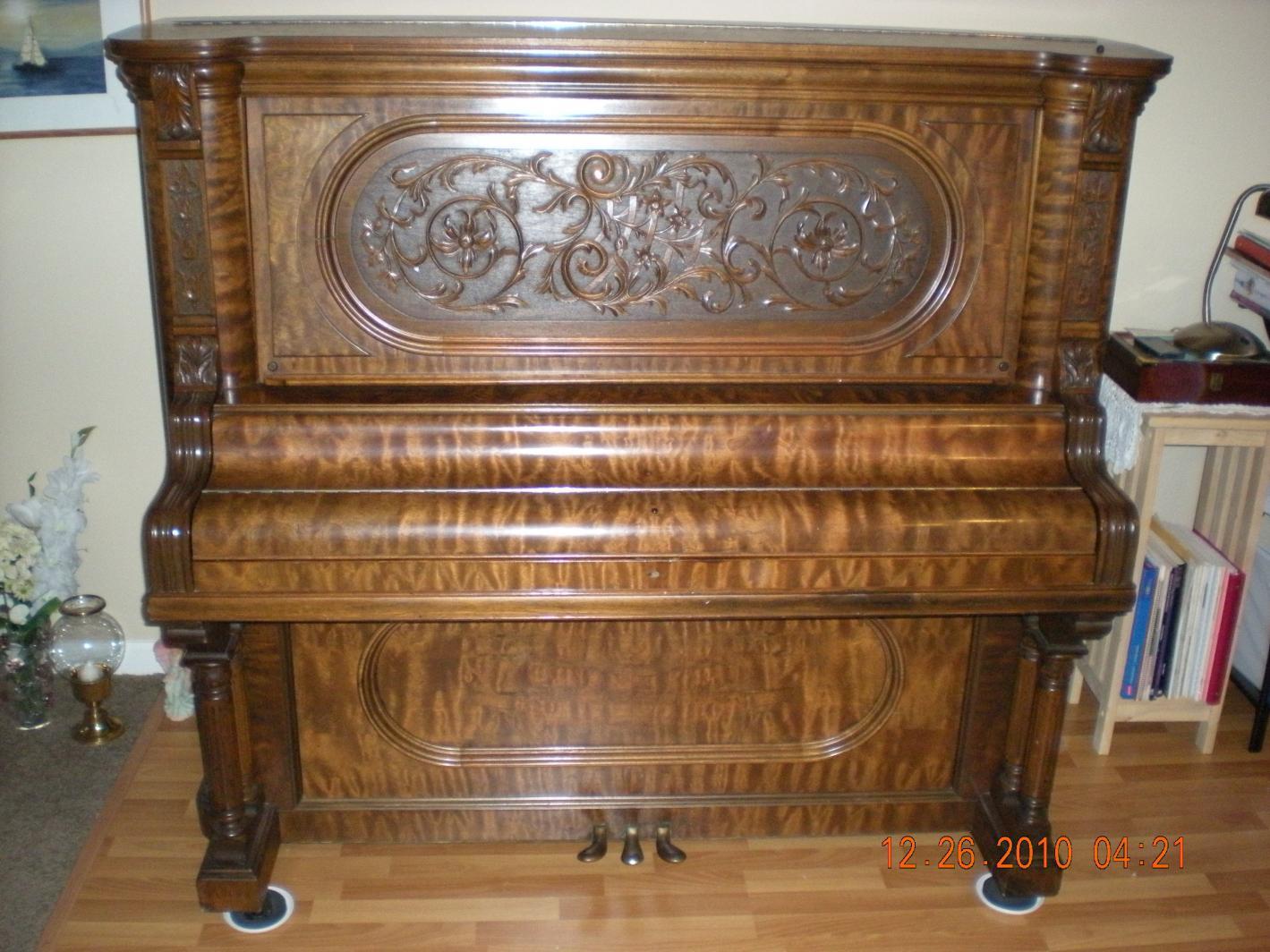 Ludwig Amp Co Upright Piano